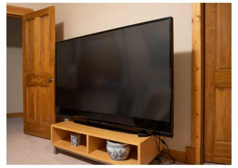 Mitsubishi 73 Inch DLP HDTV - Free - Perfect - working condition - Pick it up and it's yours